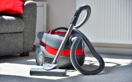 Top 15 Best Canister Vacuum Cleaners in 2020