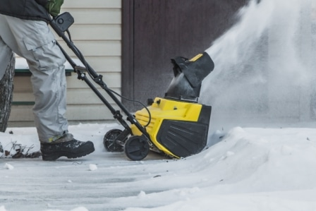 Top 15 Best Electric Snow Blowers in 2020