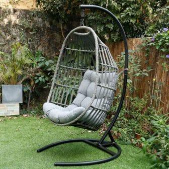 Top 15 Best Outdoor Swings - Detailed Guide & Reviews 2020