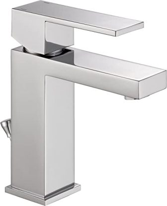Delta Modern Single-Hole Single-Handle Chrome Bathroom Faucet