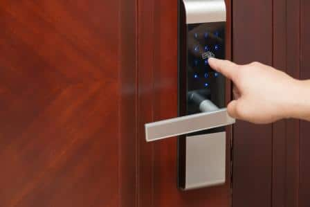 Top 15 Best Electronic Door Locks – Guide & Reviews 2020